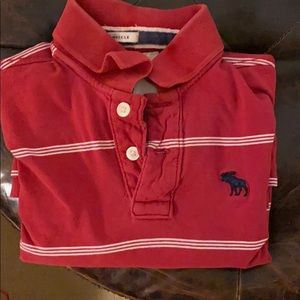 Red Abercrombie boys polo shirt 👕